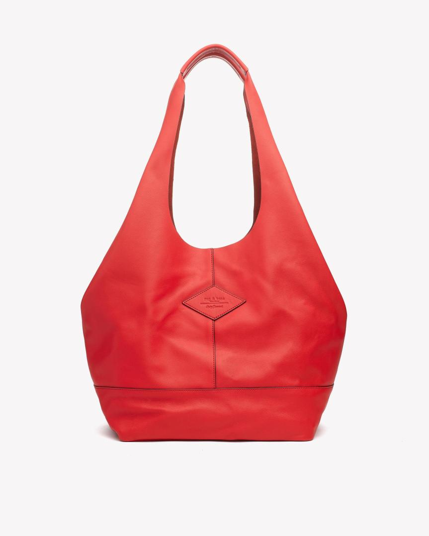 red tote